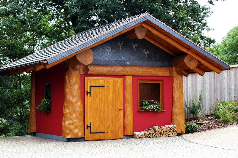 Naturstamm-Gartenhaus 2