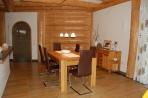 Naturstamm-Fachwerkhaus Innenansichten Bild 1